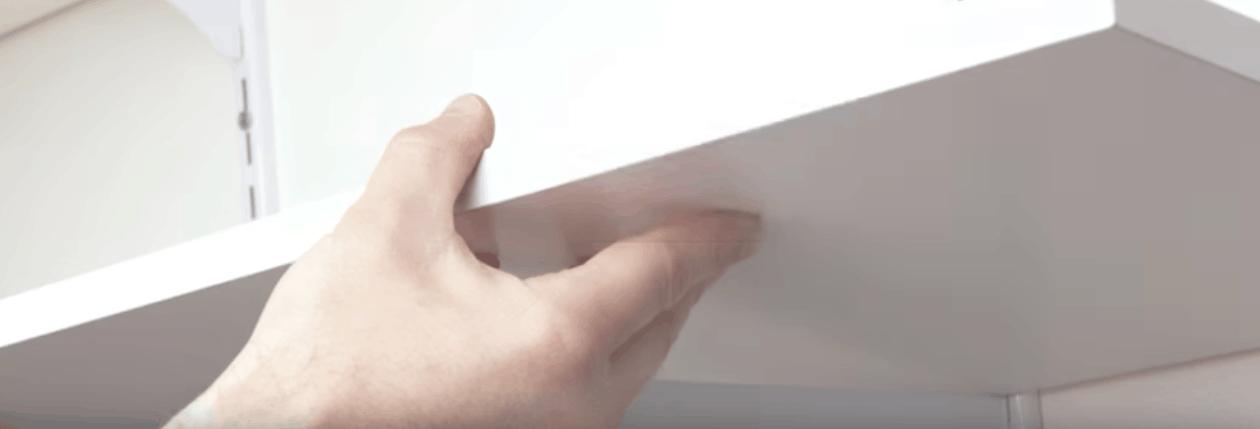 Comment installer une crémaillère pour étagère ?